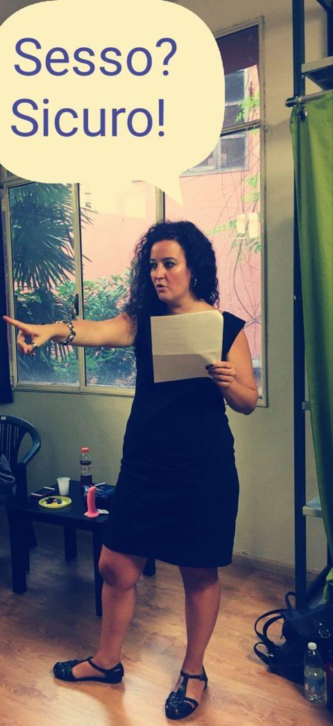 """""""Non di dinosauri, non di stelle, ma… sessualità, salute e adolescenti"""" Intervista a Nicoletta Landi"""