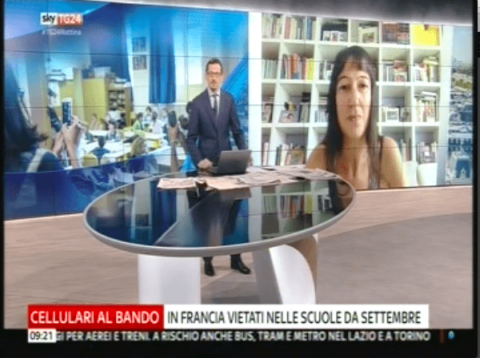 L'antropologa Angela Biscaldi  sui cellulari a scuola, da Sky Tg 24